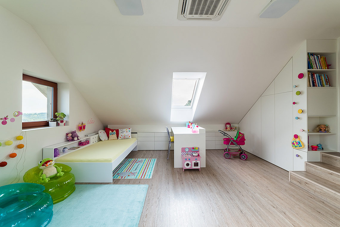 Pokojíček – úložné prostory na míru