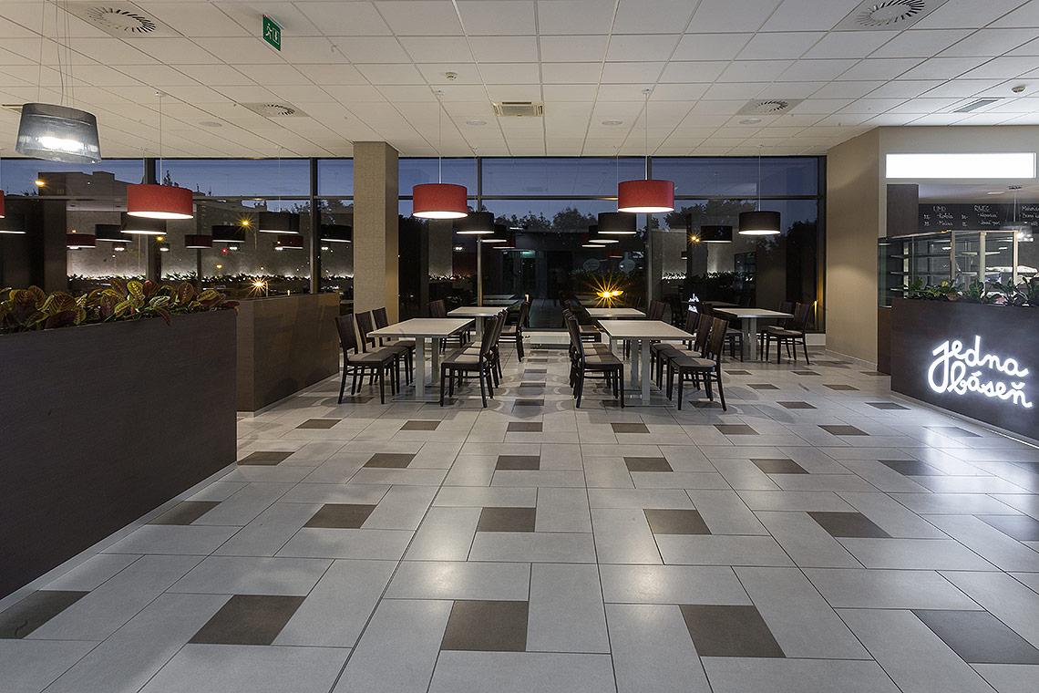 Návrh interiéru restaurace a jídelny